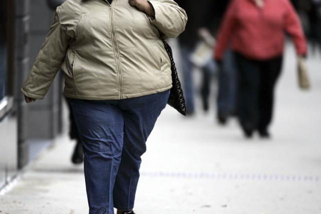 L'obésité et l'embonpoint coûtent 1,5 milliard par année au système de santé,... (PHOTO AFP)