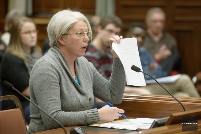 Hélène Godin... (Imacom, Frédéric Côté)