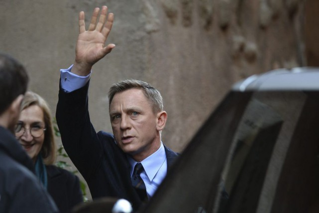 Daniel Craig incarnera de nouveau James Bond dans... (PHOTO FILIPPO MONTEFORTE, ARCHIVES AFP)