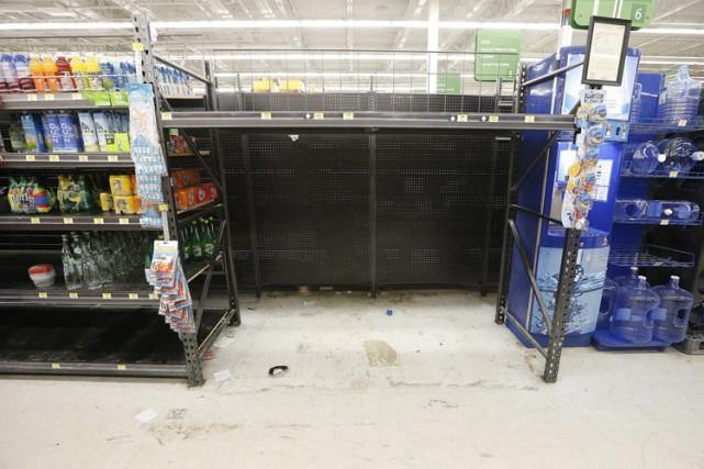 Les citoyens de Winnipeg ont vidé les magazins... (Photo: PC)