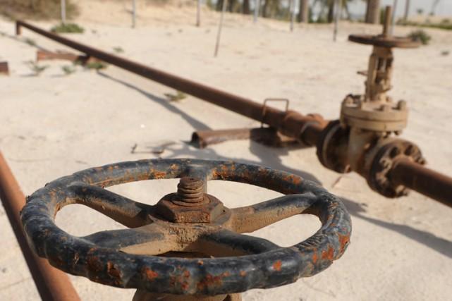 Huit soldats yéménites chargés de protéger des installations pétrolières ont... (Archives Bloomberg)