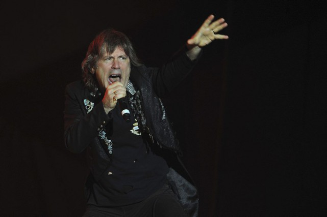 Bruce Dickinson, le chanteur du groupe Iron Maiden.... (PHOTO FRANCESCO DEGASPERI, ARCHIVES AFP)