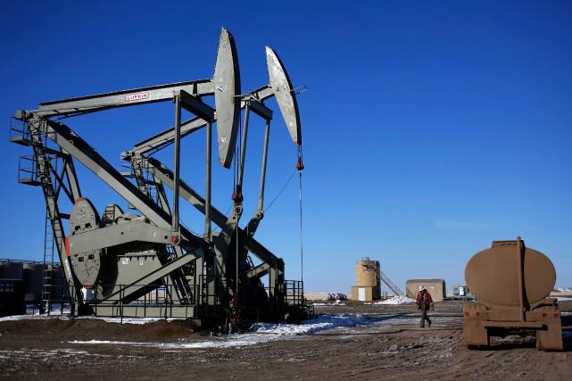 Les prix du pétrole ont baissé jeudi à New York après l'annonce d'une nouvelle... (PHOTO ARCHIVES REUTERS)