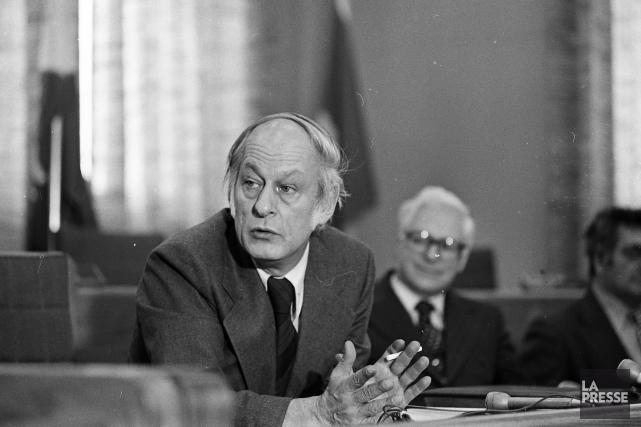 Même René Lévesque, fondateur du PQ, a déliassé... (PHOTO MICHEL GRAVEL, archives LA PRESSE)
