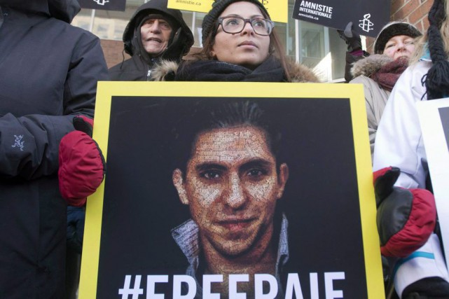 Ensaf Haidar, la femme de Raif Badawi, lors... (PHOTO ARCHIVES LA PRESSE CANADIENNE)
