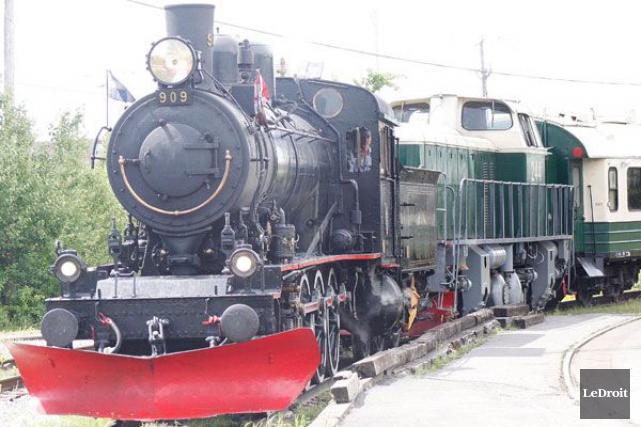 Le train à vapeur de la Gatineau devra attendre quelques semaines de plus avant... (Etienne Ranger, Archives LeDroit)
