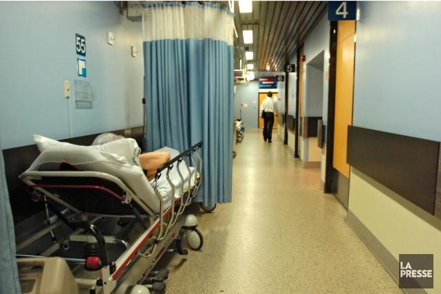 «Le système de santé est envahi par une... (Photo Patrick Sanfaçon, archives La Presse)