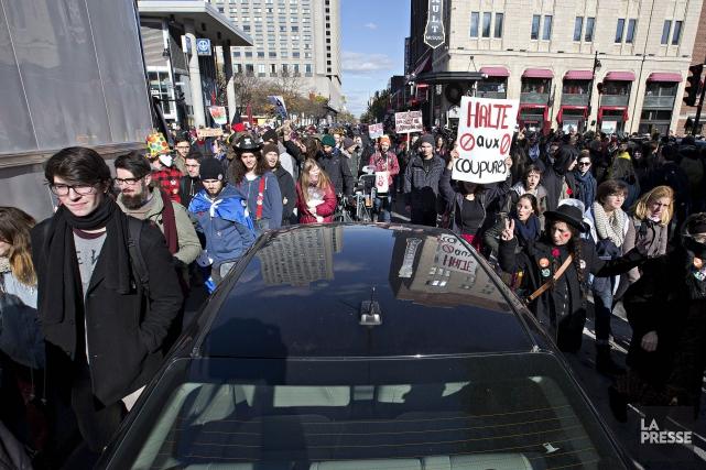 Une manifestation contre l'austérité à Montréal le 31... (Photo Patrick Sanfacon, archives La Presse)