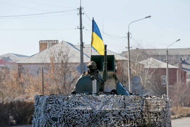 Le conflit dans l'est de l'Ukraine a tué... (PHOTO GLEB GARANICH, ARCHIVES REUTERS)