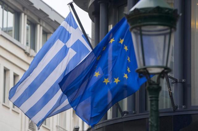 Vendredi, la Grèce a décroché quatre mois de... (PHOTO YVES HERMAN, REUTERS)