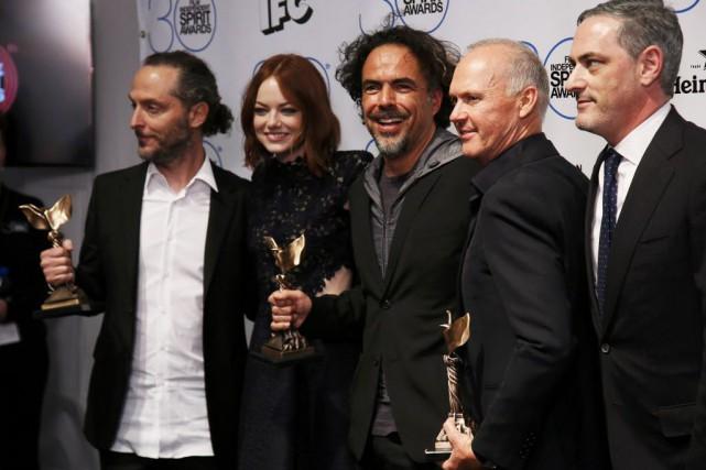 Emmanuel Lubezki, Emma Stone, Alejandro Gonzalez Inarritu, Michael... (PHOTO DANNY MOLOSHOK, REUTERS)