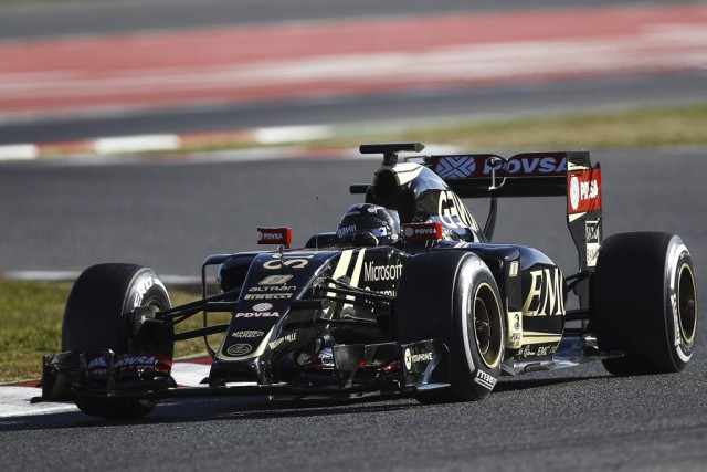 L'écurie Lotus sera à surveiller le 15 mars... (Agence France-Presse)