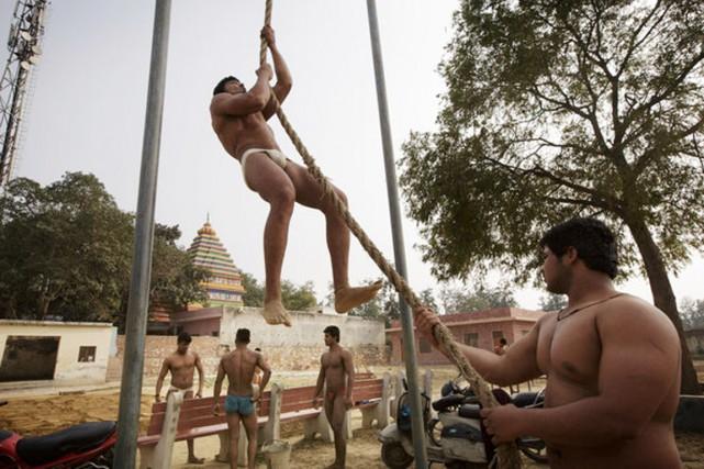 Les hommesd'Asola-Fatehpur Beri se targuent d'être les plus... (PHOTO KUNI TAKASHI, THE NEW YORK TIMES)