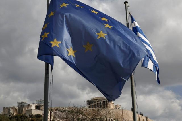 Dans l'accord trouvé vendredi entre Athènes et la... (PHOTO YORGOS KARAHALIS, BLOOMBERG)
