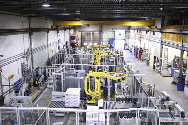 Premier Tech fabrique des robots permettant la manutention... (Photo fournie par Premier Tech)