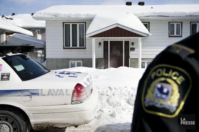 Le Bureau du coroner et la police de Laval ont ouvert une enquête pour faire la... (PHOTO HUGO-SÉBASTIEN AUBERT, LA PRESSE)