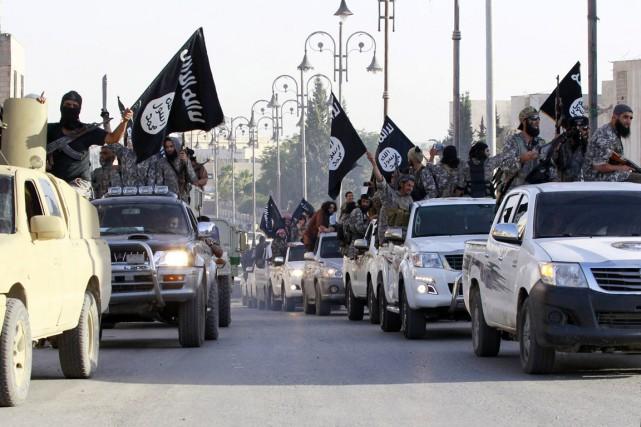 «Lundi, l'EI a attaqué Tal Chamiram et Tal... (PHOTO ARCHIVES REUTERS/STRINGER)