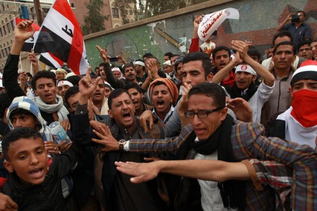 Une manifestation à Sanaa mardi contre la prise... (Photo: AFP)