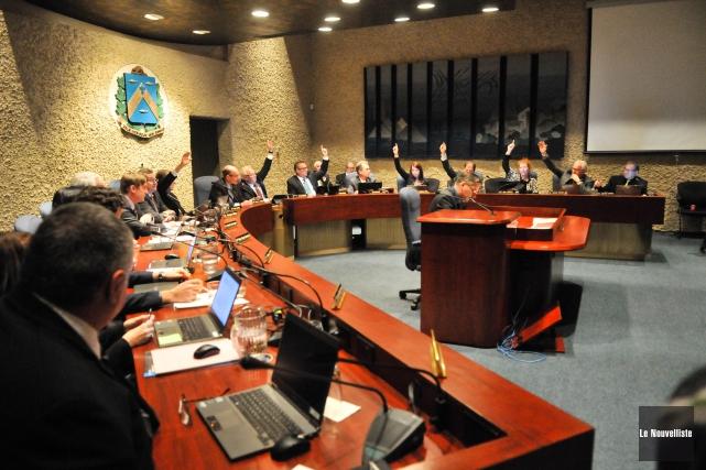 Le conseil municipal de Trois-Rivières a dit oui... (Photo: Émilie O'Connor Le Nouvelliste)