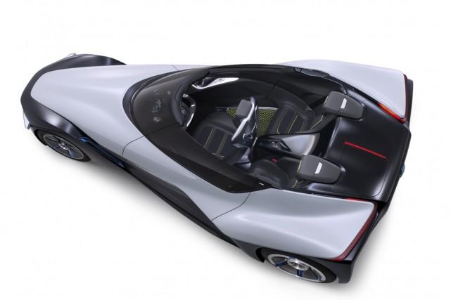 Le concept Nissan BladeGlider offre un aperçu de...
