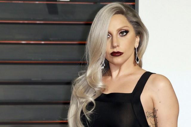 Lady Gaga à la soirée des Oscars.... (PHOTO DANNY MOLOSHOK, REUTERS)