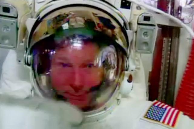 Terry Virts, ingénieur de vol de l'ISS, venait... (Photo: AP)