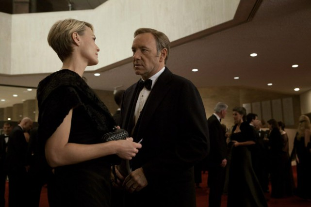 Robin Wright et Kevin Spacey dans la série House... (Photo Melinda Sue Gordon/Netflix, AP)