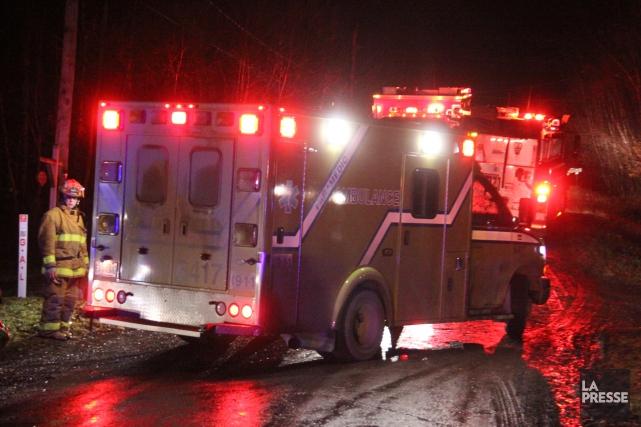 Deux pompiers ont dû être transportés à l'Hôtel-Dieu d'Arthabaska, jeudi en... (Archives La Presse)
