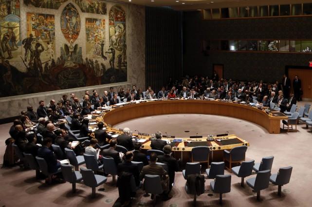Cette réunion du Conseil de sécurité se tient... (PHOTO ARCHIVES REUTERS)