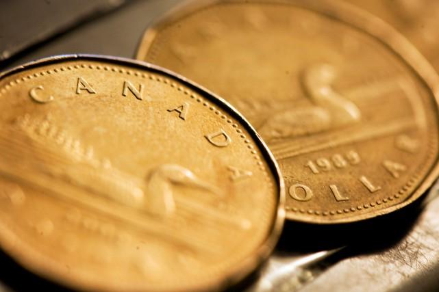 Si on oublie un instant la chute des prix à la pompe, le coût de la vie a... (PHOTO ARCHIVES REUTERS)
