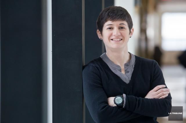 Isabelle Lacroix... (Archives La Tribune, Jessica Garneau)