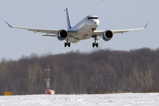 Pour le moment, c'est le CS300 (photo) -... (La Presse Canadienne, Ryan Remiorz)