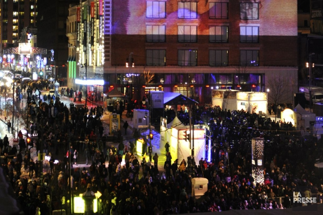 La Nuit blanche au Quartier des spectacles.... (PHOTO BERNARD BRAULT, ARCHIVES LA PRESSE)