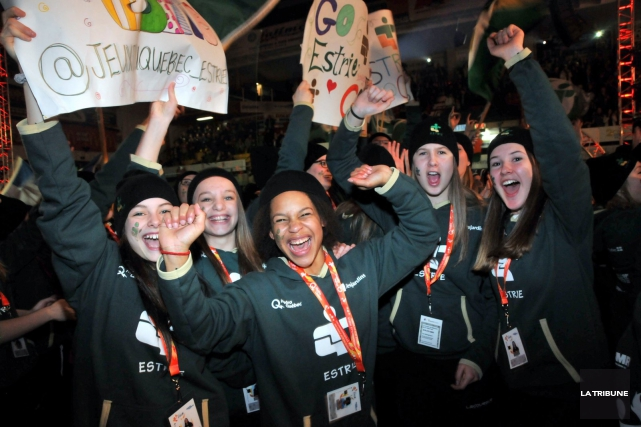 Ce sont 4000 jeunes athlètes d'un peu partout... (La Tribune, Yanick Poisson)