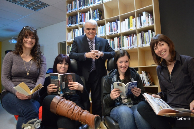Les étudiantes Johanne Ouellette, Julie Lavoie et Véronique... (Benoit Sabourin, LeDroit)