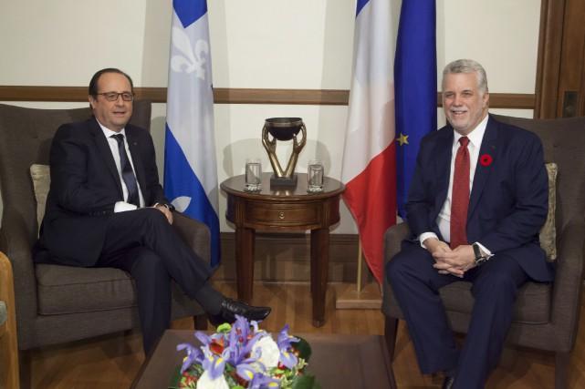 Le président français François Hollande lors d'une visite... (PHOTO FRANCIS VACHON, ARCHIVES LA PRESSE CANADIENNE)