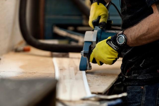 Une mesure de l'activité manufacturière canadienne indique que le secteur s'est... (PHOTO ARCHIVES BLOOMBERG)