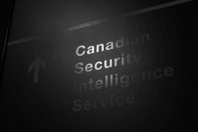"""Шпионы """"союзников"""" в Канаде"""