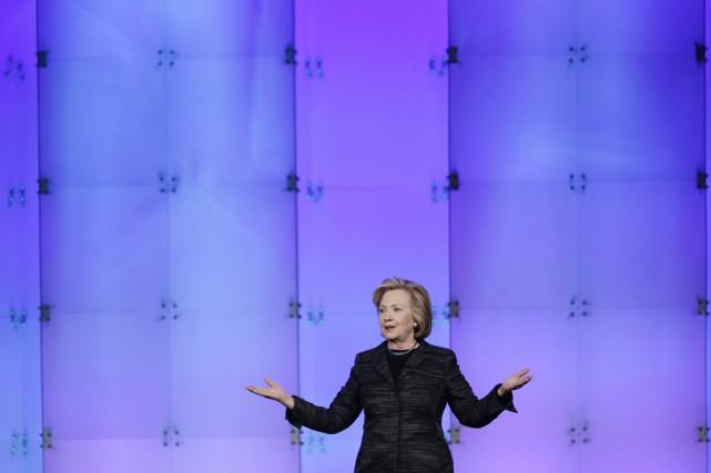 Pendant ses quatre années au Département d'État, Hillary... (PHOTO MARCIO JOSE SANCHEZ, ARCHIVES AP)