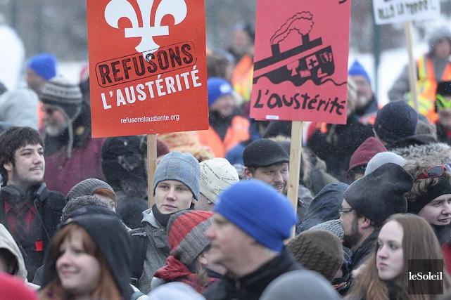 Malgré les manifestations de groupes et de syndicats,... (Photo: Le Soleil)
