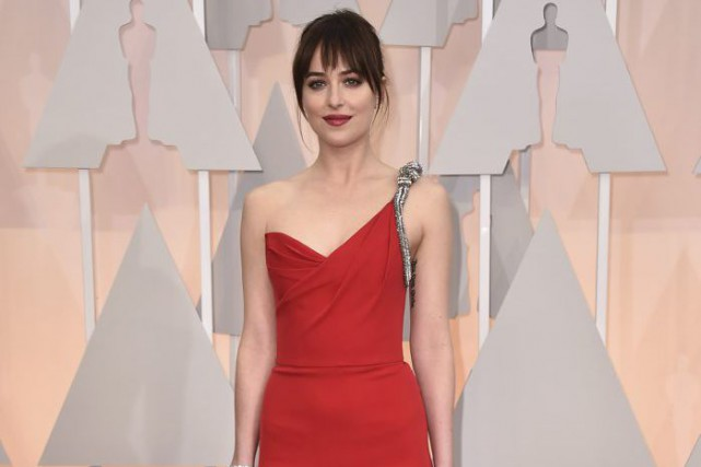 Dakota Johnson, lors de la soirée des Oscars.... (Photo Jordan Strauss, Invision/ Archives AP)