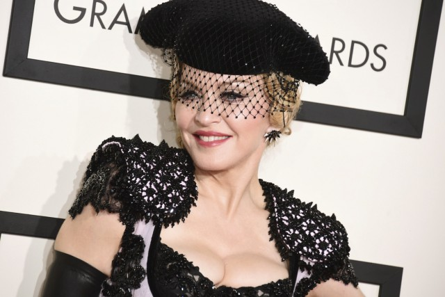 Madonna en février... (Photo Jordan Strauss, archives AP)
