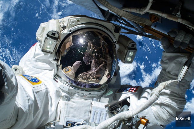 Les astronautes Barry Wilmore et Terry Virts ont... (Photothèque Le Soleil)