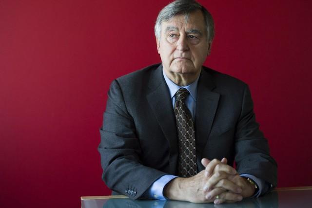 Pour Philippe Couillard, l'ancien premier ministre Bouchard est... (Photo Graham Hughes, Archives La Presse canadienne)