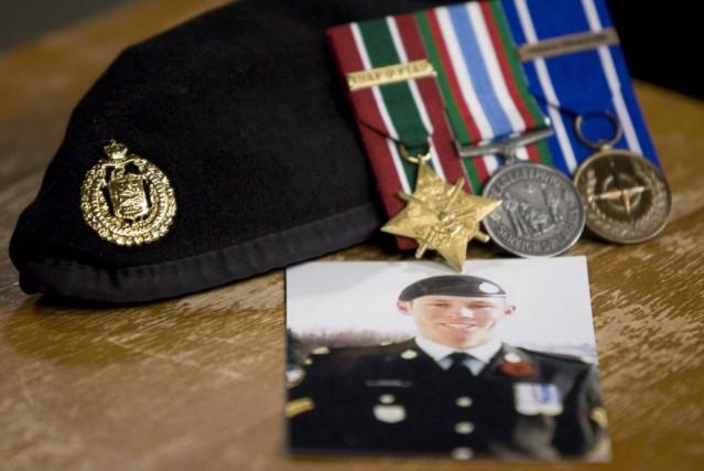 Le caporal Stuart Langridge avait 28 ans lorsqu'il... (Photo Adrian Wyld, archives La Presse canadienne)