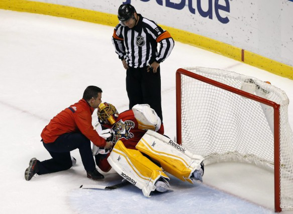 Roberto Luongo a remis son équipement de gardien... (Photo: Reuters)