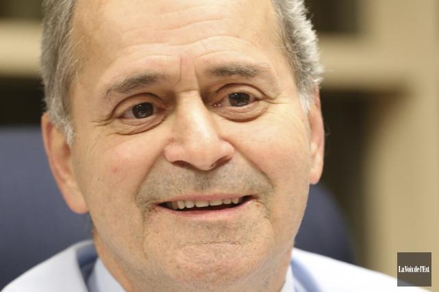 Le maire Arthur Fauteux s'est dit heureux d'en... (photo archives La Voix de l'Est)