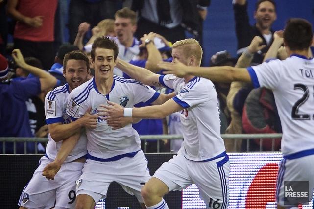 Cameron Porter (2e à gauche) a marqué le... (Photo André Pichette, La Presse)