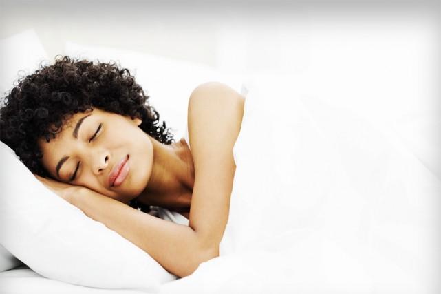 Selon Statistique Canada, 20% des Américains dorment moins... (Photo Masterfile)