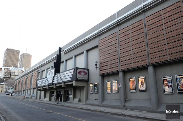 Une fois détruit, le cinéma Place Charest fera... (PHOTOTHÈQUE LE SOLEIL, Erick Labbé)